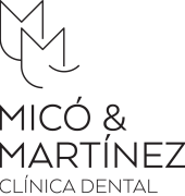 logo transparente mico martinez dental